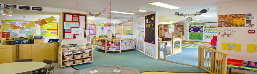 Noah S Ark Day Nursery Shephall View Stevenage Hertfordshire Sg1 1rr Tel 01438 749 090